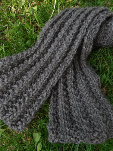 Bulky Ribbed Gray Snuggle Scarf