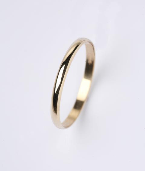 Кольцо обручальное гладкое выпуклое шинка 2.6 мм, желтое золото