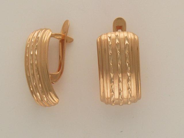 Серьги прямоугольные, дорожки с алмазной насечкой, красное золото 585 пробы