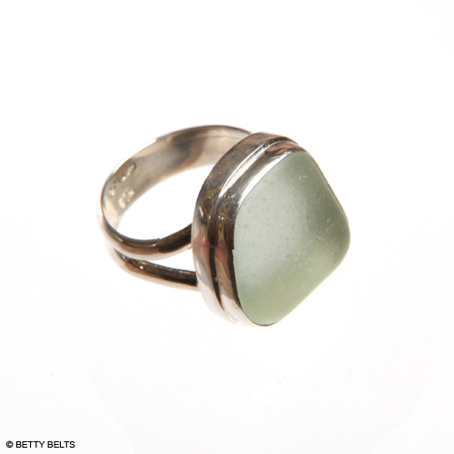 CLASSIC Double Bezel, Double Band Sea Glass Ring in sea foam
